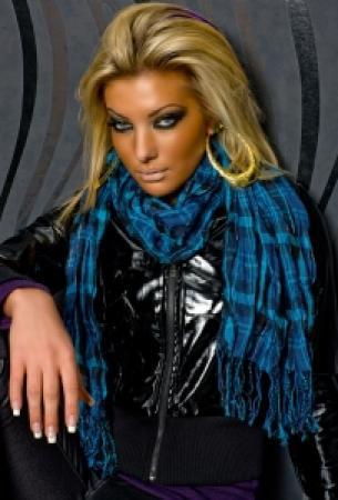 Karo-Schal schwarz/blau