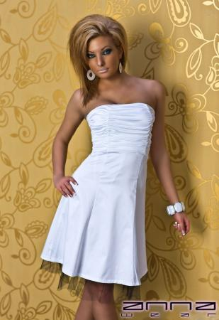 Festliches Satin-Kleid in weiß