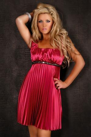 Plissee-Kleid in rot