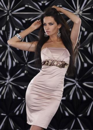 Elegantes Kleid in beige