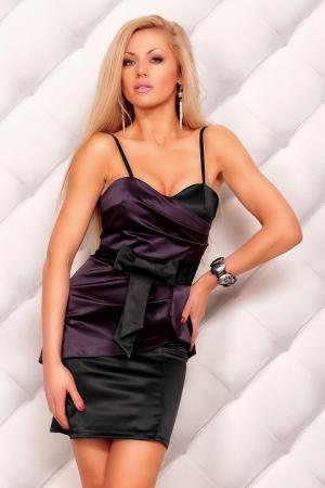 Cocktailkleid in schwarz/lila