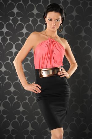Edles Cocktailkleid in schwarz/pink